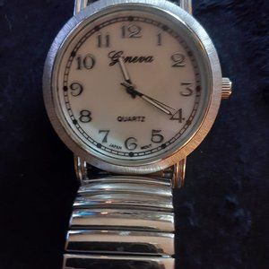 Large & Clear & Easy to read UNISEX WATCH